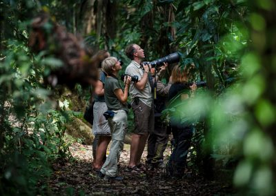 Mattias A. Klum med en grupp i Amazonas